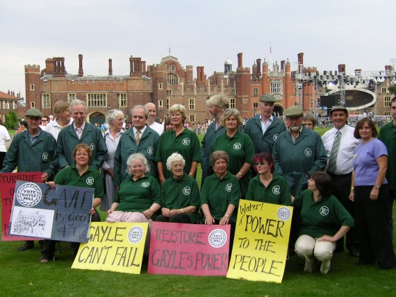 "group photo at hampton court palace for ""Restoration"" finals"