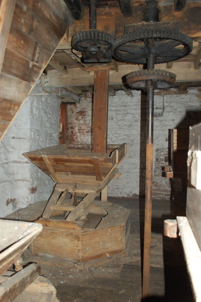historic milling machinery